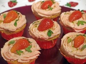 Erdbeer-Vanille-Cupcakes_2
