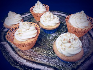 Vanille Cupcakes mit Karamell Topping 1